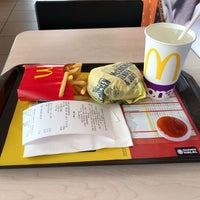 Photo taken at McDonald's by Chu Yeong Y. on 11/8/2017