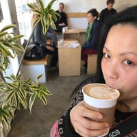 Снимок сделан в Maru Coffee пользователем Koichi N. 2/23/2018