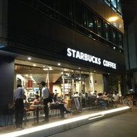 8/21/2013にMamoruがStarbucks Coffee 御堂筋本町東芝ビル店で撮った写真