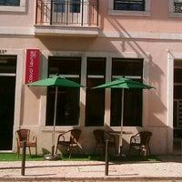 Das Foto wurde bei Casual Lounge Caffe von Manuel D. am 4/12/2013 aufgenommen