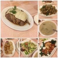 Photo taken at Tak Kee Chiu Chow Restaurant by Edgar W. on 10/7/2016