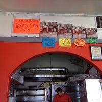 Photo taken at Formacio Pizzeria by Lydia D. on 3/15/2014