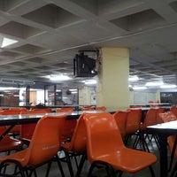 Photo taken at โรงอาหารตึก B by Zinc B. on 4/6/2013