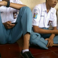 Photo taken at SMA Negeri 4 Semarang by Zulfikar A. on 5/2/2013