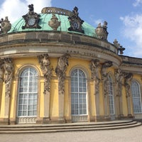 Photo taken at Schloss Sanssouci by Victor M. on 7/13/2013