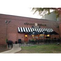 Photo taken at Corner Bakery Cafe by Ya K. on 11/4/2012