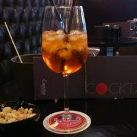 Foto tomada en Capote cocktail.bar por Marie M. el 5/26/2013