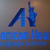 12/6/2014 tarihinde Gülperi U.ziyaretçi tarafından American House Alsancak'de çekilen fotoğraf