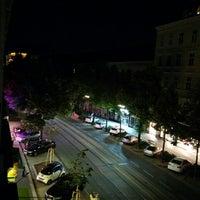 Das Foto wurde bei Suite Hotel 900m von Svitlana am 6/6/2014 aufgenommen