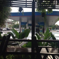 Photo taken at PTT Gas Station by 🍹Tückÿ♛Vïvä🍹 on 7/22/2014