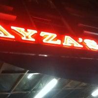 Photo taken at Restoran Nasi Kandar Ayza's by Bujat K. on 4/18/2013