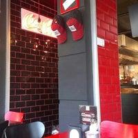 9/3/2015 tarihinde Kutay B.ziyaretçi tarafından That's Burger'de çekilen fotoğraf