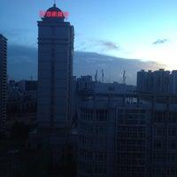 Photo taken at Meritus Mandarin Hotel by Taki 0. on 8/26/2013