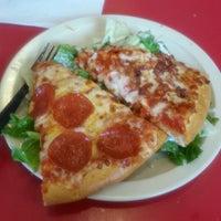 5/27/2013にPerlaa L.がPeter Piper Pizzaで撮った写真