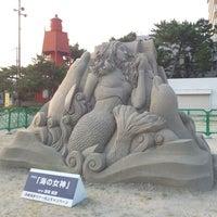 Photo taken at Suma Coast by kuroyon on 8/11/2013