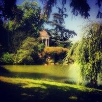 Photo taken at Lac Daumesnil by Héloïse M. on 7/13/2013