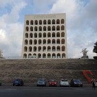 Foto scattata a Palazzo della Civiltà e del Lavoro da Danilo ✌ il 10/10/2017