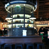 1/23/2013 tarihinde Erdal B.ziyaretçi tarafından Starbucks'de çekilen fotoğraf