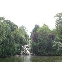 6/23/2013 tarihinde Fleur A.ziyaretçi tarafından Viktoriapark'de çekilen fotoğraf