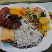 Foto tirada no(a) Don Phillipe Gastronomia por Roicer P. em 3/30/2016