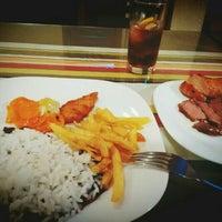 Foto tirada no(a) Don Phillipe Gastronomia por Roicer P. em 6/9/2016