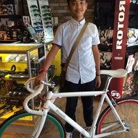 Photo taken at Primo Cycles, Fort Bonifacio by Kaye B. on 2/16/2014