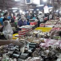 Photo taken at Pasar Kue Subuh by WillWins on 4/2/2014