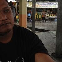 Photo taken at Jeruk Madu Pak Ali Sg Nibong by Fandy D. on 12/11/2012