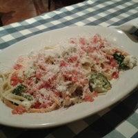 Photo taken at Italianni's Pasta, Pizza & Vino by Dania D. on 4/19/2013