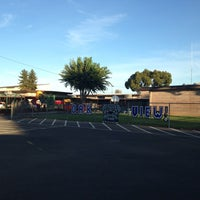 Photo taken at Oak View Elementary by George Debbie P. on 10/19/2016