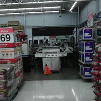 Photo taken at Walmart Supercenter by Larry I. on 5/18/2013