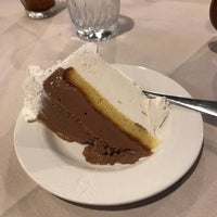 Photo taken at Woodloch Dining Room by Jonathan Z. on 9/2/2017