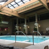Photo taken at Four Points by Sheraton Norwood by Dillon I H. on 9/16/2017