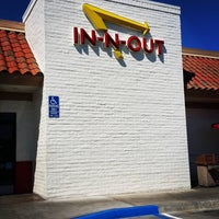 Photo taken at In-N-Out Burger by Jeff M. on 10/1/2015