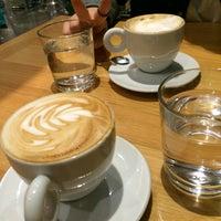 2/10/2017 tarihinde 🌟Er g.ziyaretçi tarafından Enjoy Cafe Bistro'de çekilen fotoğraf