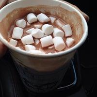 Снимок сделан в Coffee Kiosk пользователем Жанна 4/10/2014