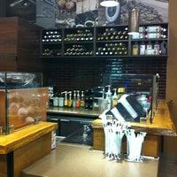 Photo taken at Starbucks by Dasha G. on 6/20/2013