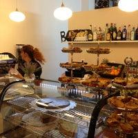 4/13/2013 tarihinde Felix P.ziyaretçi tarafından Café Berlin'de çekilen fotoğraf