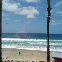 Foto diambil di Caroline's Seaside Cafe oleh JerseyStupka pada 5/26/2013