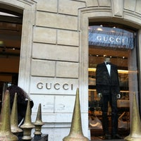 Photo taken at Gucci by Techi on 12/31/2012