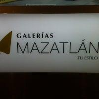 Foto tomada en Galerías Mazatlán por Emm N. el 11/15/2013
