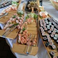 Foto tirada no(a) Nashi Japanese Food | 梨 por Mônica O. em 4/15/2013