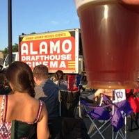 Foto tirada no(a) Alamo Drafthouse Cinema por Chad B. em 7/21/2013