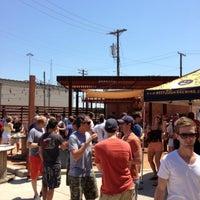 8/17/2013 tarihinde Chad B.ziyaretçi tarafından Deep Ellum Brewing Company'de çekilen fotoğraf