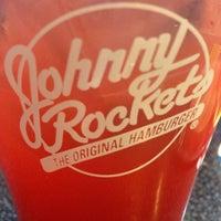 Photo taken at Johnny Rockets by Gabriel M. on 12/2/2013