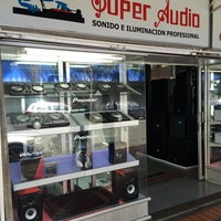Photo taken at super audio by Alextronic on 7/30/2014