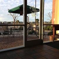 Das Foto wurde bei Starbucks von Medebe am 3/3/2013 aufgenommen