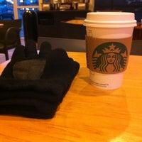 Das Foto wurde bei Starbucks von Medebe am 1/6/2013 aufgenommen