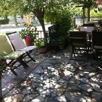 7/14/2013 tarihinde Talkativeboss .ziyaretçi tarafından Turta Home Cafe'de çekilen fotoğraf