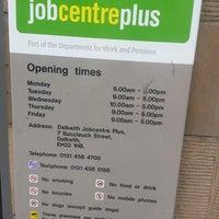 รูปภาพถ่ายที่ Job Centre Plus โดย Francis W. เมื่อ 7/24/2013